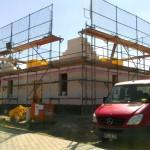 Rohbauphase: Erdgeschoss fertig und Beginn Maurerarbeiten Obergeschoss
