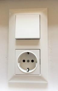 Lichtschalter und Steckdose