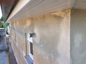 Außenputz mit Dachüberstand