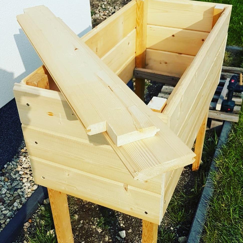 hochbeet selber bauen anleitung und material schritt f r schritt. Black Bedroom Furniture Sets. Home Design Ideas